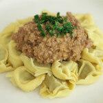 Tortelini s umakom od mljevenog mesa - Fini Recepti by Crochef