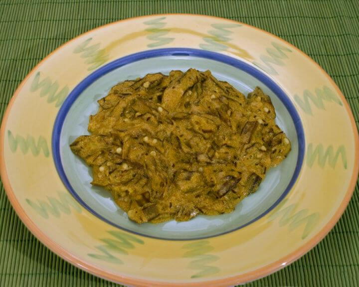 Bamije s umakom od currya - Fini Recepti