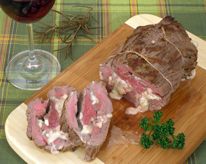 Biftek punjen gorgonzolom - Fini Recepti