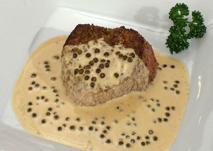 Biftek u umaku od zelenog papra