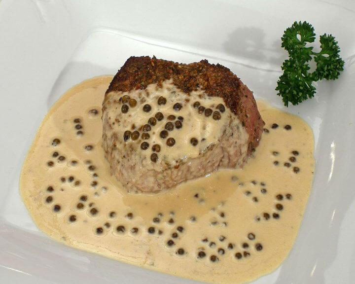 Biftek u umaku od zelenog papra - Fini Recepti