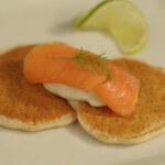 Blini s dimljenim lososom - Fini Recepti