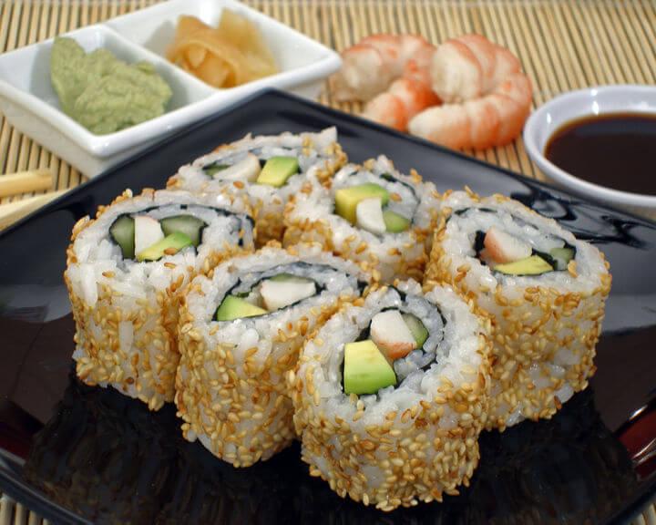California rolls (uramaki sushi) - Fini Recepti