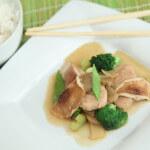 Chop suey s puretinom i shiitake gljivama