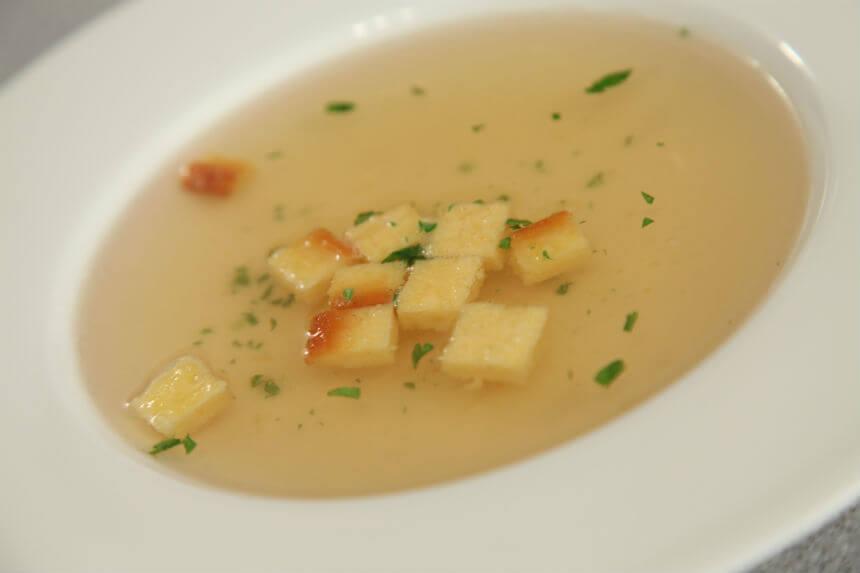 Dadolini s bistrom juhom - Fini Recepti by Crochef