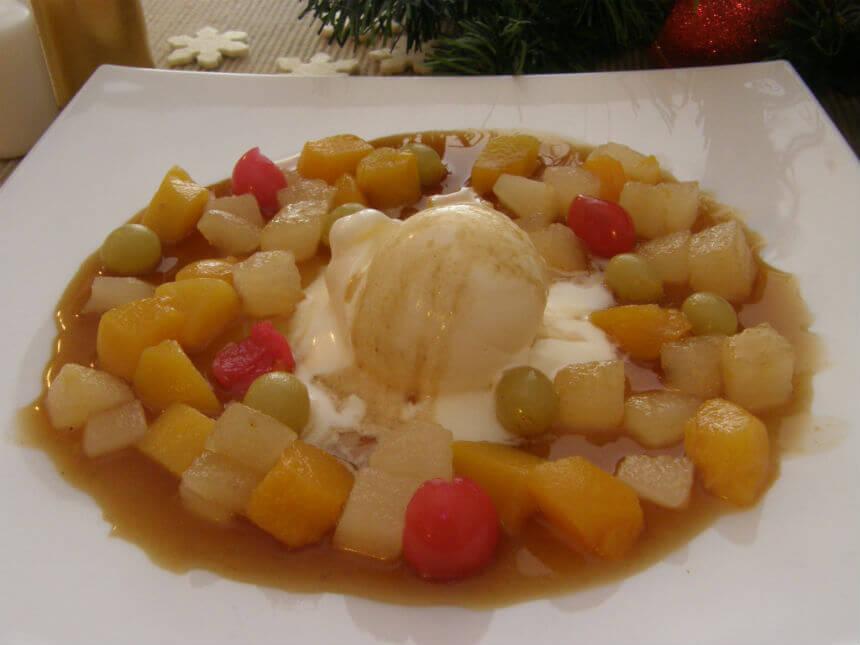 Flambirano voće sa sladoledom - Fini Recepti