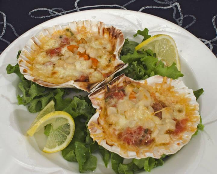 Gratinirane Jakobove kapice (školjke St. Jacques) - Fini Recepti