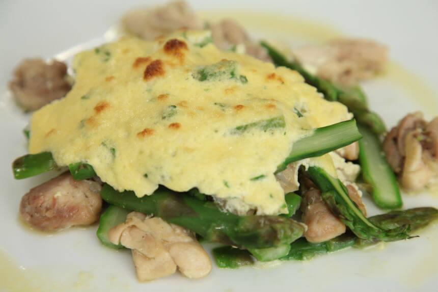 Gratinirane šparoge s piletinom - Fini Recepti by Crochef
