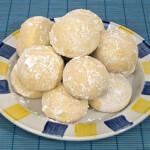 Grčki kolačići s Metaxom - kourabiedes