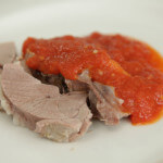Janjetina na lešo s umakom od rajčice - Fini Recepti by Crochef