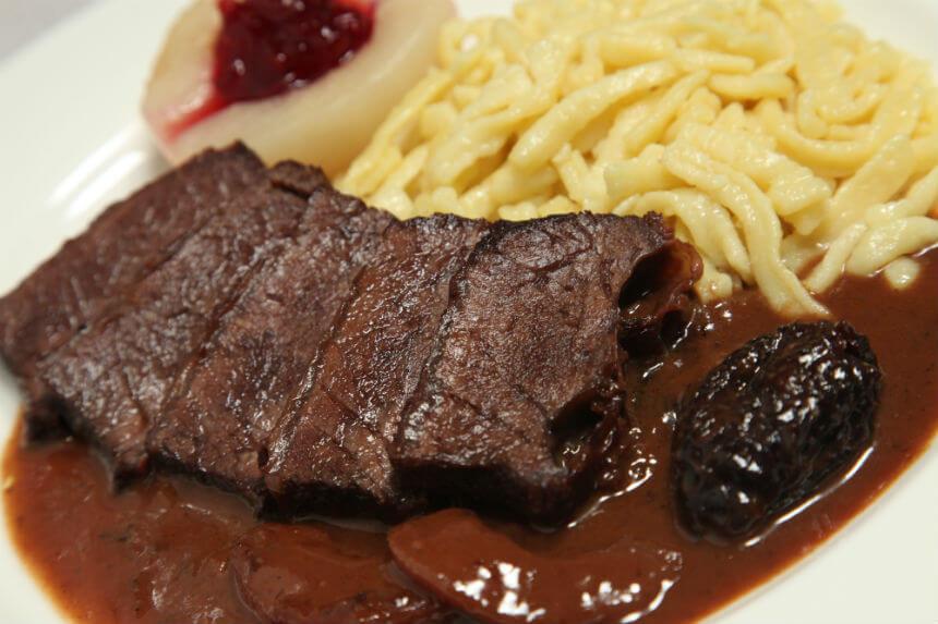 Jelenja rebra sa špeclima i džemom od divljih brusnica - Fini Recepti by Crochef