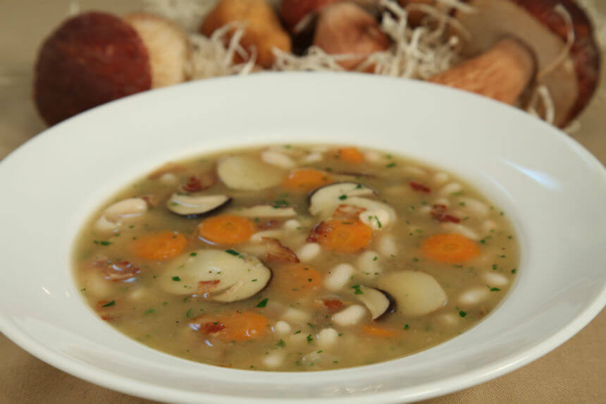 Gusta juha od graha i vrganja - Fini Recepti by Crochef