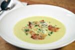 Krem juha od krumpira, poriluka i ljutike
