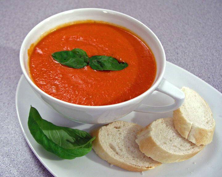 Domaća juha od rajčice