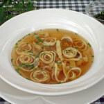 Flädlesuppe - juha s rezancima od palačinki