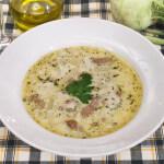 Krepka juha s topljenim sirom