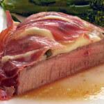 Juneći odresci s mozzarellom i pršutom - Fini recepti