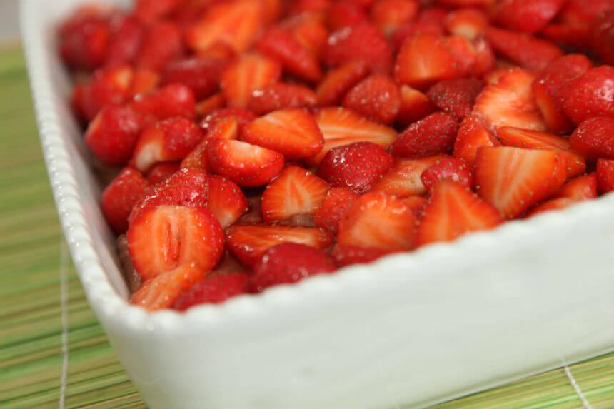 Kolač s jagodama i čokoladom - Fini Recepti by Crochef