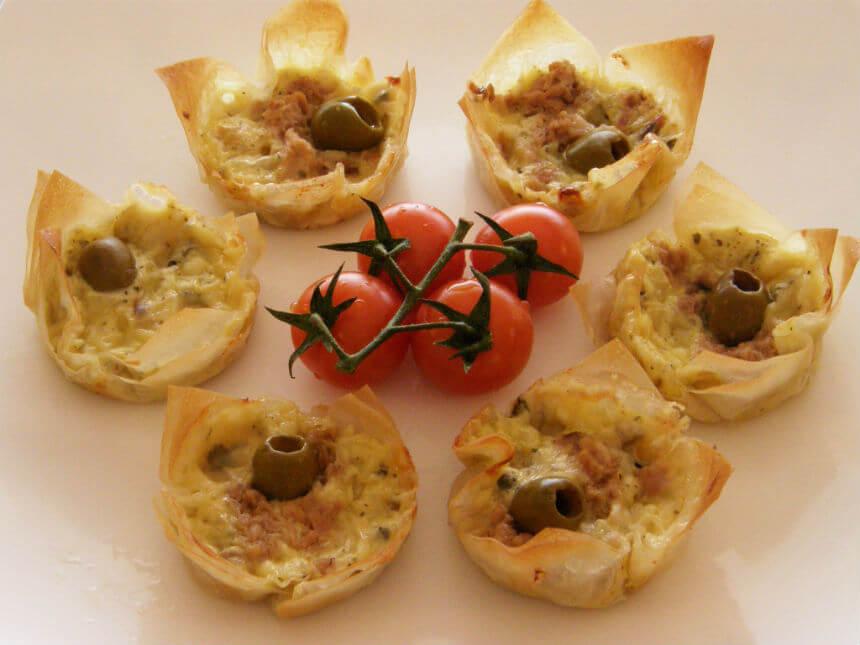 Košarice punjene sirom i tunjevinom - Fini Recepti