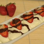 Krema od mascarponea s jagodama i čokoladom