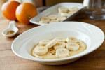 Kremasta palenta s bananama i sirupom od meda i naranči