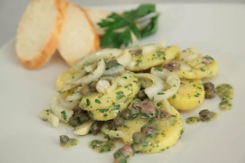 Krumpir salata s inćunima i kaparima - Fini Recepti by Crochef