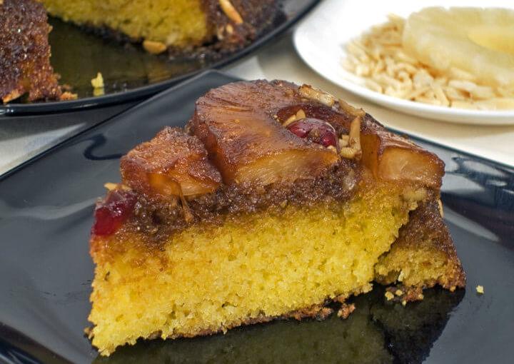 Kukuruzna torta s ananasom