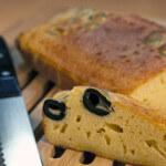 Kukuruzni kruh s maslinama i tartufima