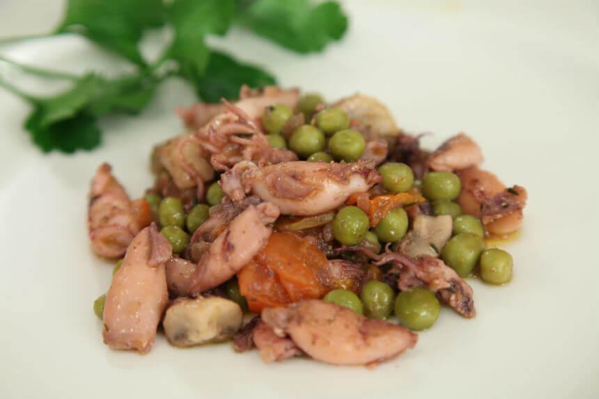 Lignjice iz tave s povrćem - Fini Recepti by Crochef