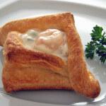 Zdjelice od lisnatog tijesta s gamberima i tikvicama - Fini Recepti