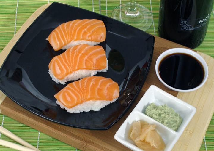 Nigiri sushi od lososa