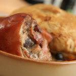 Odojak iz pećnice s kruhom i suhim voćem - Fini Recepti by Crochef