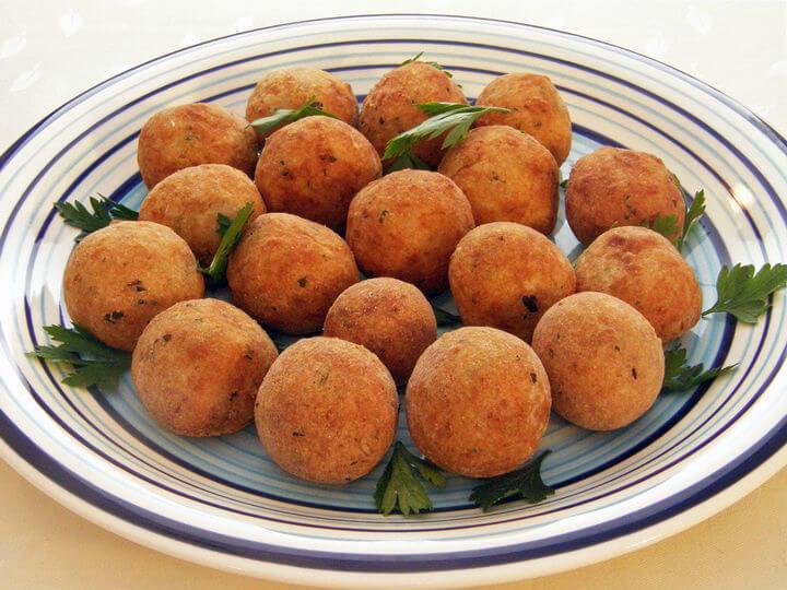 Okruglice od tune i svježeg krem sira - Fini Recepti