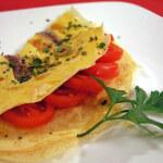 Omlet sa slanim srdelama i maslinama