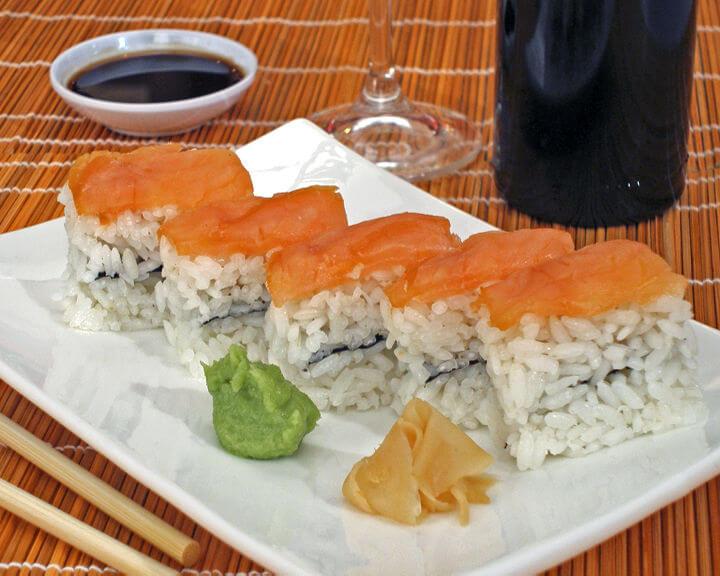 Oshi sushi s lososom - Fini Recepti