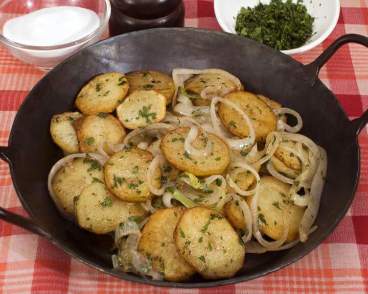 Pečeni krumpir na lyonski način - Fini Recepti