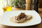 Wiener zwiebelrostbraten - pečeni odrezak s lukom na bečki način - Fini Recepti by Crochef