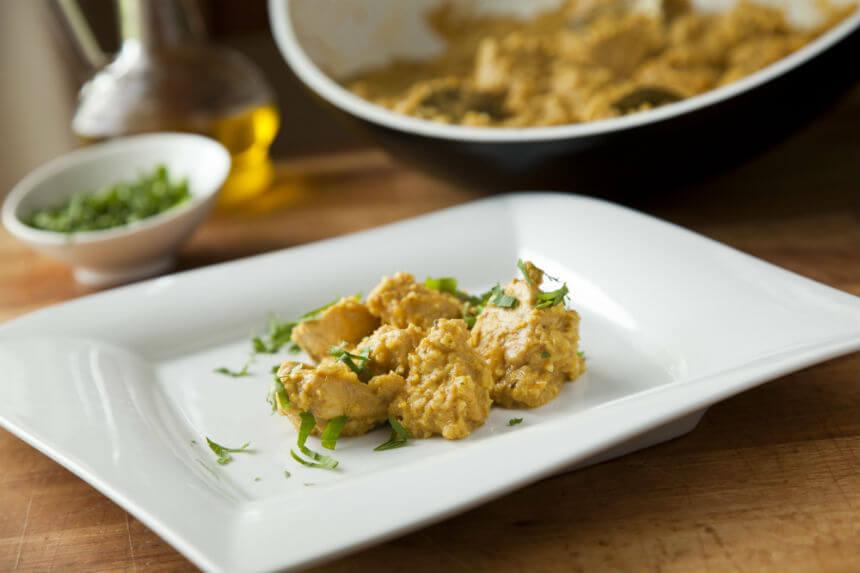 Piletina s bademima i korijanderom na indijski način - Fini Recepti by Crochef