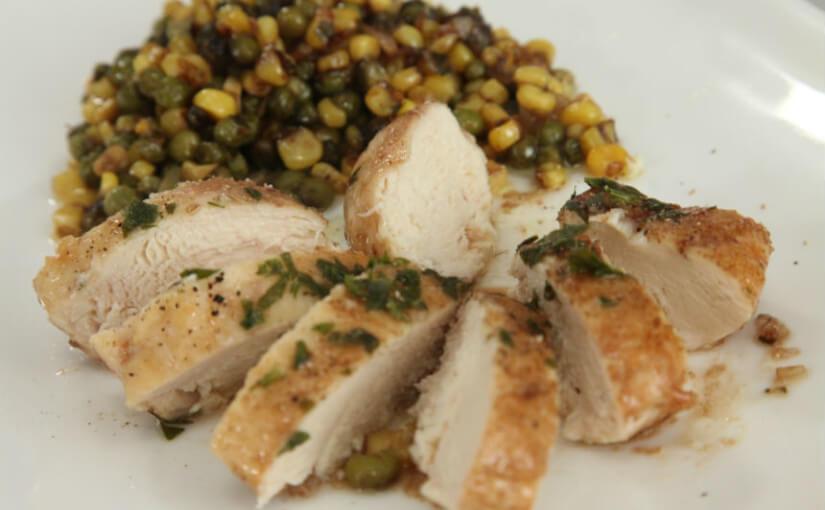 Piletina s graškom i mladim kukuruzom