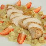 Pileći filet na posteljici od voća - Fini Recepti by Crochef