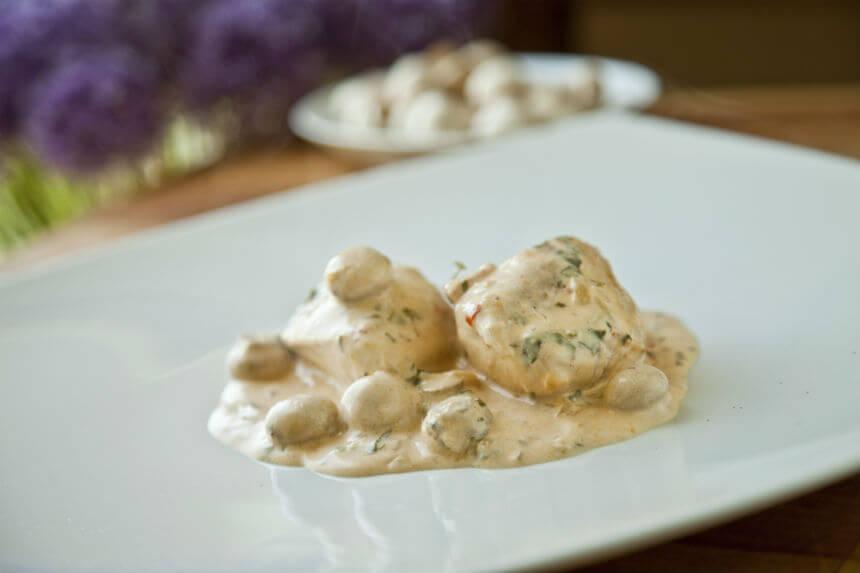 Pileća prsa u pikantnom umaku od gljiva - Fini Recepti by Crochef