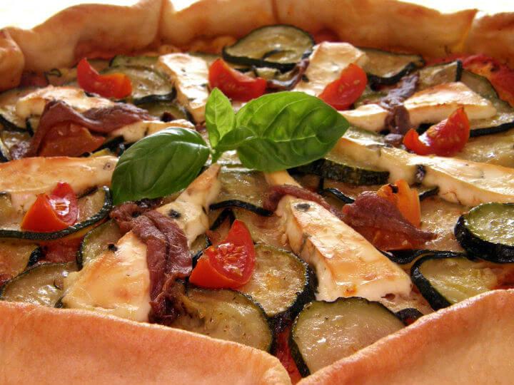 Pizza s tikvicama i gorgonzolom - Fini Recepti
