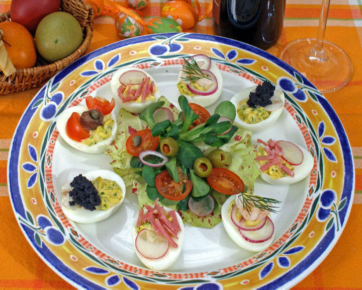Svečani pladanj s jajima - Fini Recepti