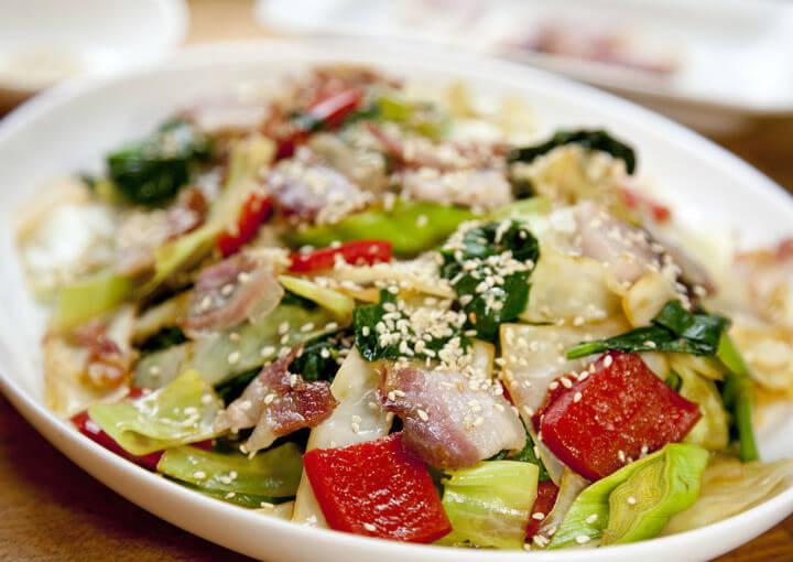 Povrće s pancetom na kineski način