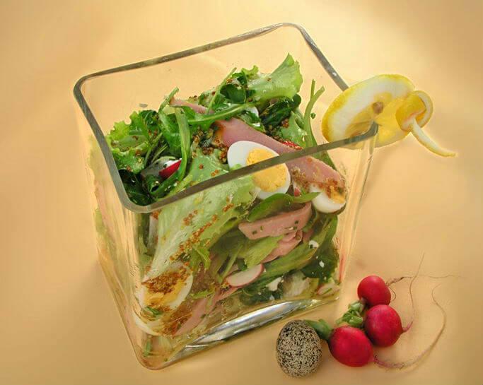 Proljetna salata sa šunkom