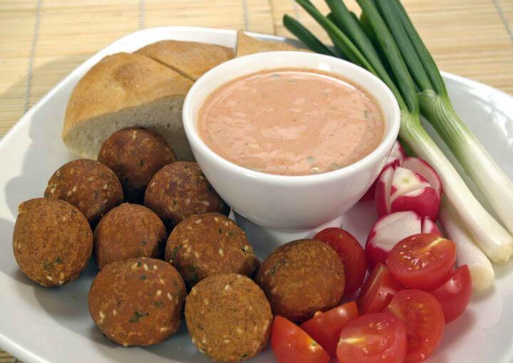 Falafel – pržene kuglice od slanutka