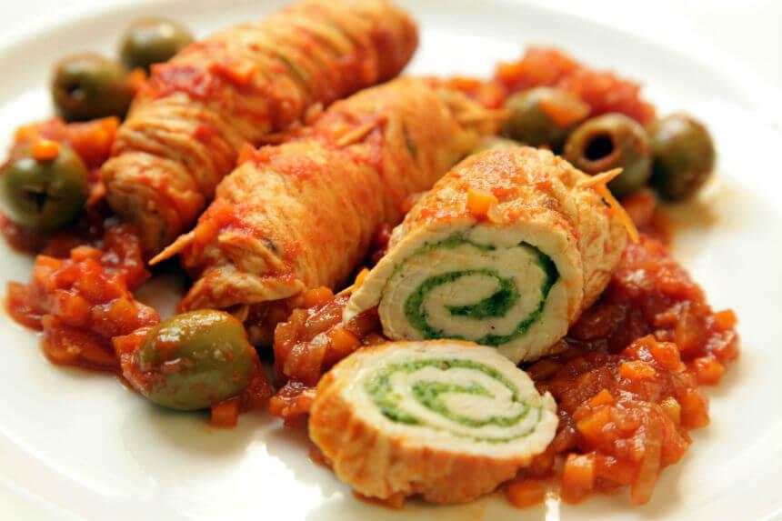 Pureći svitci s maslinama u umaku od povrća - Fini Recepti by Crochef