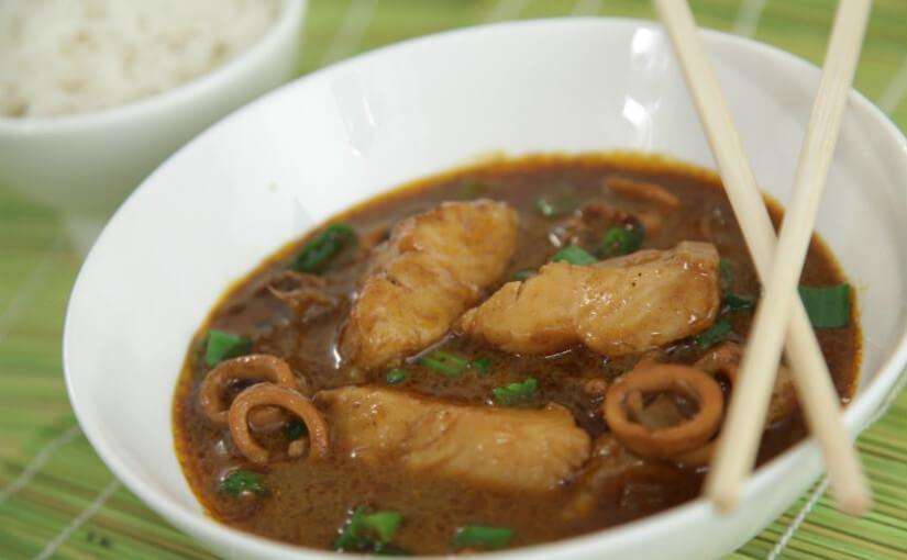 Riblja juha s kokosovim mlijekom na tajlandski način