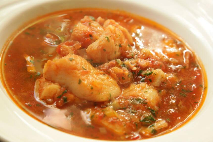 Gusta riblja juha s porilukom i slaninom - Fini Recepti by Crochef