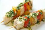 Povrtno-riblji ražnjići s pestom - Fini Recepti by Crochef
